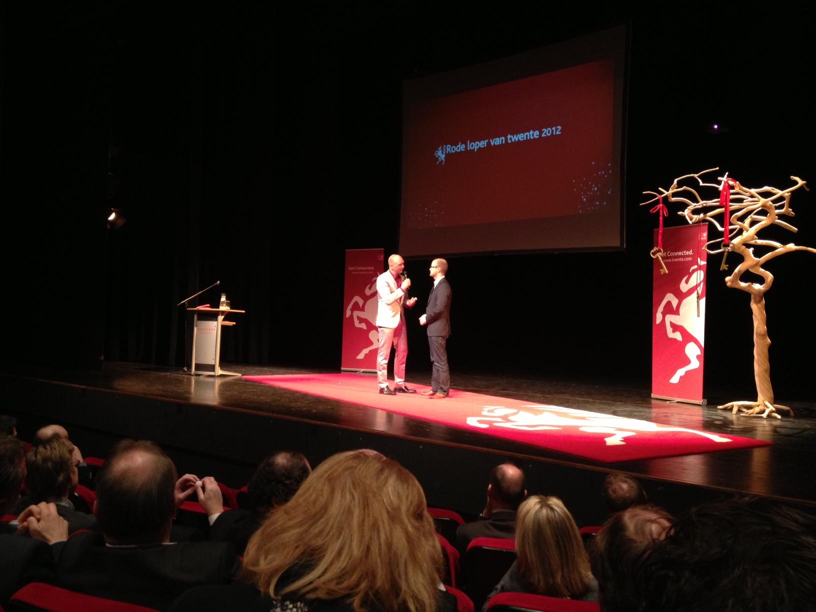 Antagonist ambassadeur van Twente: de Rode Loper 2012, Wouter op het podium