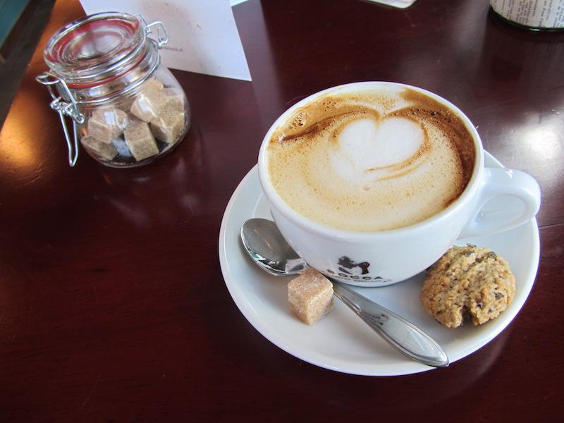 Internationale website: een kopje koffie als gewoonte