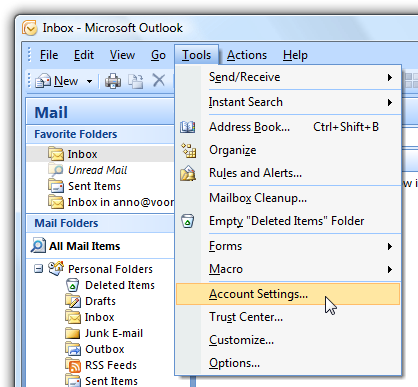 Het vinden van de 'Account Settings' in Outlook 2007.
