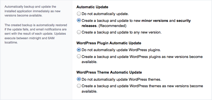 Selecteer in de tabel onder 'Automatic Update' de tweede optie 'Create a backup and update to new minor versions and security releases (recommended)'.